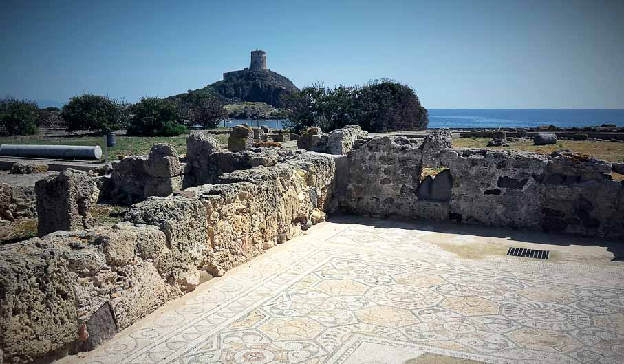 Le 4 imperdibili escursioni da fare in Sardegna- rovine di nora