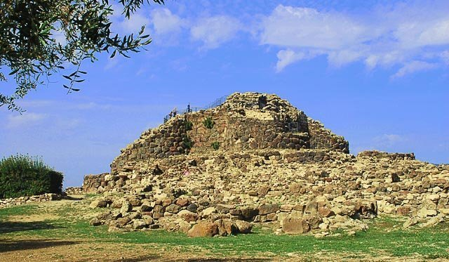 viaggi archeologici al nuraghe di Barumini Lato sud est della reggia